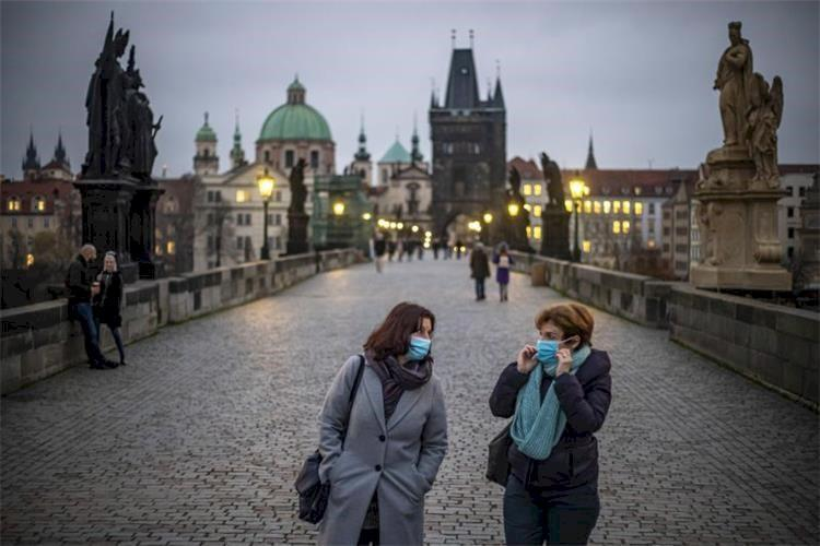 گردشگری اروپا چه &zwnjزمانی به دوران پیش از کرونا بازخواهد گشت؟